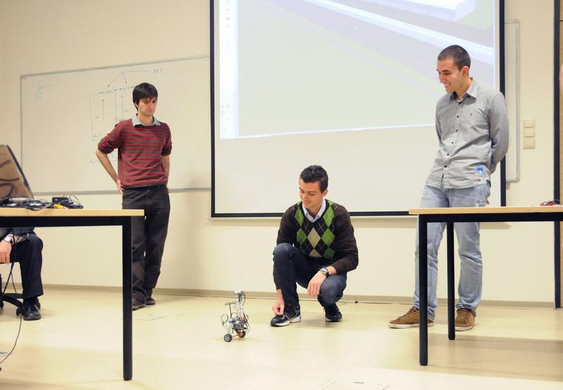 Отляво надясно: Боян Спасов, Ергюс Ристани , Боян Бърнев