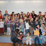"""Децата от българско училище """"Дунав"""" в Линц сами изработиха сурвачки"""