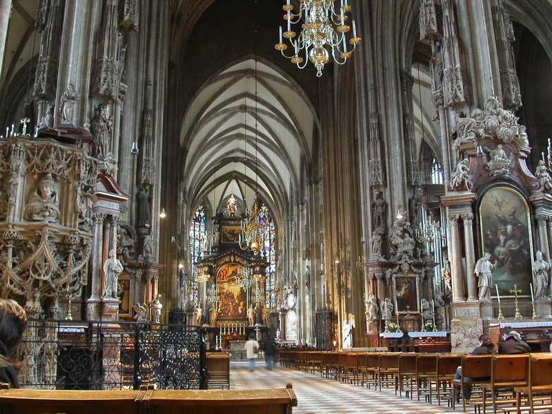 Stephansdom-Viena-Interior