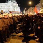 Отново арести след Бала на академиците във Виена (видео)