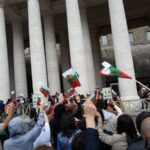 """Деца от българското училище """"Дунав"""" в Линц на поклонение на гроба на св.Кирил в Рим"""