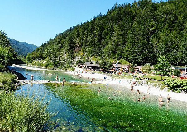 strandbad-hollenstein