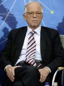 Вернер Фаслабенд: Напрежението между Лондон и Москва е опасно за Европа