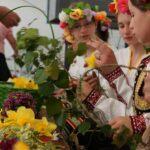 Традиции и обичаи, свързани с Лазаровден и Цветница