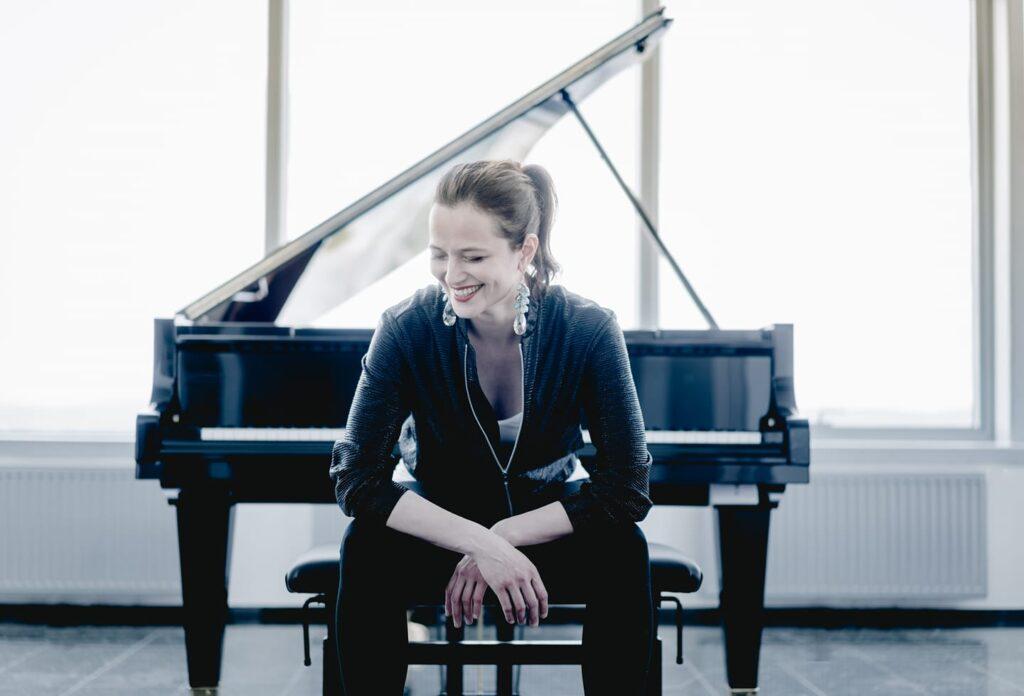 """""""Хубава си, моя горо"""" ще звучи по телевизия ARTE в изпълнение на пианистката Дора Делийска"""