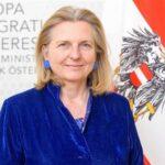 Владимир Путин ще бъде гост на сватбата на австрийската външна министърка Карин Кнайсъл