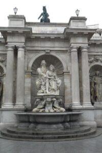 Фонтанът представя връзката между града Виена и река Дунав, Албертина музей, Виена