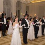 Балът на дамите на розата – виенска елегантност с български чар