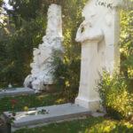 С екскурзовод по алеите на Централния гробищен парк на Виена (видео)