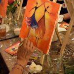 Glass of Art залага на формулата вино+акрилни бои=щастие