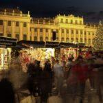 Коледният базар в парка на двореца Шьонбрун навършва 25 години