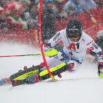 Българският скиор Алберт Попов с рекордното девето място в слалома в Кицбюeл