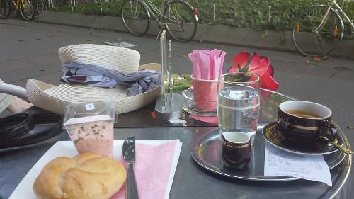 Diana Piperova_Kafe s roza