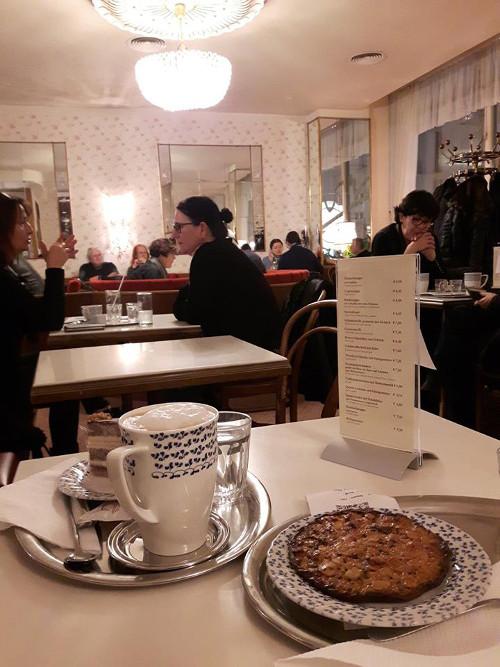 Emil Tsenov_Gerstner Kaffee