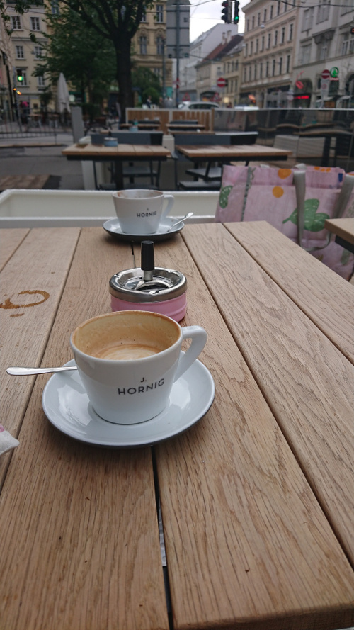 Sonya Todorova_cafe Wien