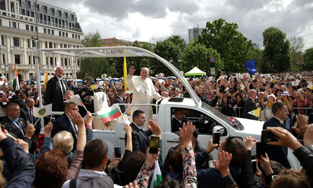 Pope-Francis-visits-Bulgaria
