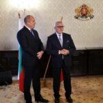 Президентът Румен Радев се срещна с българи, живеещи в Австрия