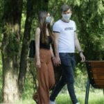 От 15 юни: Облекчаване на задължението за носене на маски и отпадане на 14-дневната карантина при влизане в страната