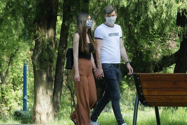 От 15 юни: Без маски в магазините, но задължително с един метър дистанция
