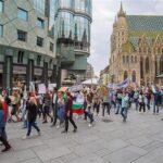 2 август: Стотици българи в чужбина ще излязат заедно на протест. Голямо шествие и във Виена
