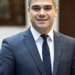 Виктор Тончев, независим финансов консултант: В сегашната криза банките не отпускат по-лесно кредити, но предлагат по-добри условия