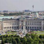 """Виена обмисля да отвори """"балкона на Хитлер"""" за посетители"""